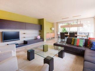 115D - Preciosa casa con piscina, garaje y WIFI