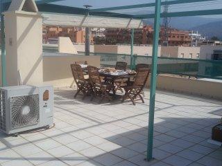 Gezellig en luxueus appartement 500meter van zee met wifi