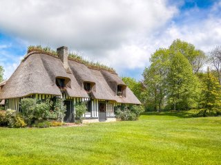 La Source: a magical house in pristine Normandy 'Bocage', 4 kms from Deauville, Saint-Arnoult