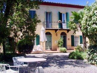 Villa la Busca