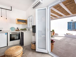 Sivanis - Lilly, garden apartment with sea view