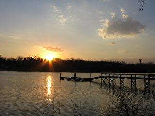 Nana's Lakefront Pad