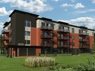 LAVAL NEW CONDO LUXIRIOUS FURNISHED 1100SQF, Laval