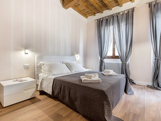 Your Home in San Frediano,in the heart of the historic center of Florence