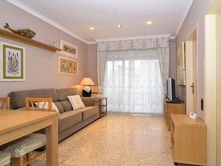 Acogedor y luminoso Apartamento a 180 metros de la playa en Cunit