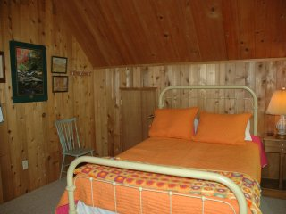 small bedroom upstairs
