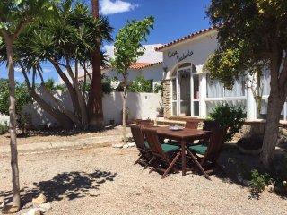 Villa Romantica amplia con Jardin, porche, Internet, en lugar tranquilo, Miami Platja