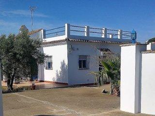 Alquiler bonita Casa de campo andaluza en Conil de la Frontera para 5 personas