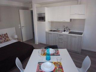 Calcara Family Aparthotel n. 402, Triest