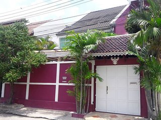 Amazing 2 bedrooms and equipped office Thai style home in a tropical atmosphere
