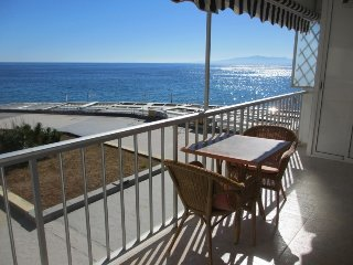 Sea view apartment in Salou center! First line of the sea.