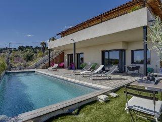 Maison d'architecte, piscine et vue mer à Bandol