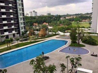 JB Tropez Beautiful 3 Bedrooms Apartment with sea views, Johor Bahru