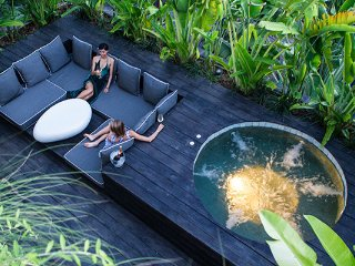 Cozy 1 bedroom apartment with jacuzzi and spacious outdoor lounge in Seminyak