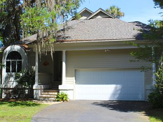 3015 Hidden Oak Drive