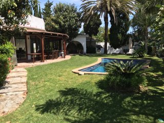 Modern 3 Bed Beach Side Villa close to Puerto Banus & Marbella