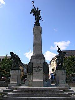 Diamond War Memorial Derry