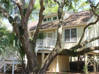 551 Tarpon Pond Cottage