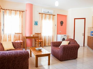 Sarande Central Apartment #1