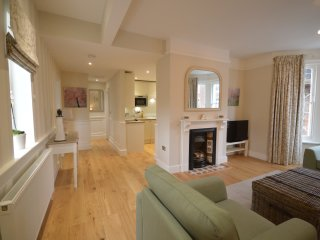 The Cannons - luxury hotel style apartment in heart of Southwold