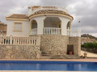 Villa Treveles, Camposol