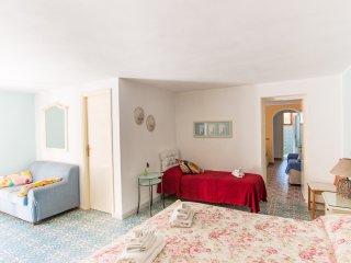 Villa Giolu: Azzurro Apartment near the beach in the bay from Portoferraio