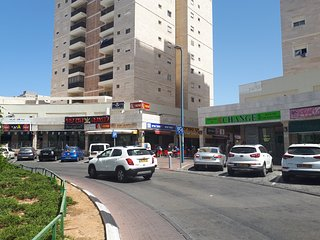 Apartment with pool near the city center Ashdod