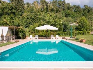 Il Poggiolo with private pool
