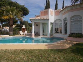 V3 Old Village - casa com 3 quartos e piscina em vilamoura, para 6+2 pessoas