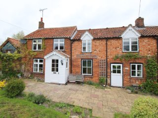 Jennie's Cottage, Castle Acre SLEEPS 8