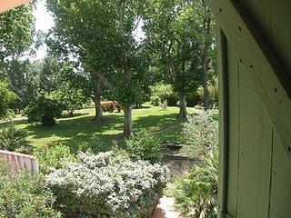 2 bedroom Apartment in Fraissinet-de-Fourques, Occitania, France : ref 5474083