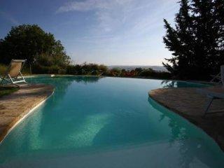 3 bedroom Villa in San Gimignano, Tuscany, Italy : ref 5474609