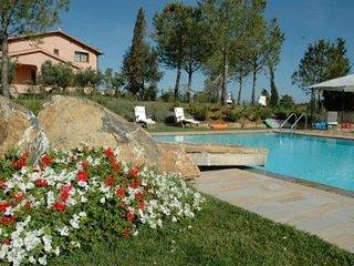 6 bedroom Villa in Diaccialone, Tuscany, Italy : ref 5504865