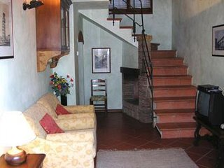 3 bedroom Apartment in Montaione, Tuscany, Italy : ref 5504883