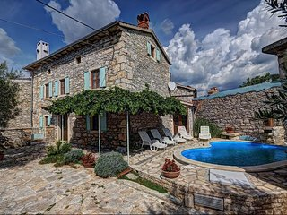 5 bedroom Villa in Orihi, Istria, Croatia : ref 5505017
