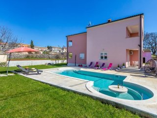 5 bedroom Villa in Orihi, Istria, Croatia : ref 5505100