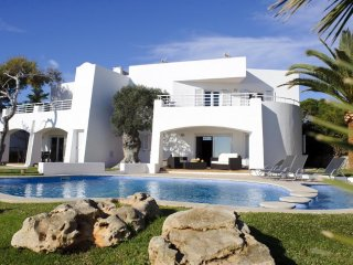 4 bedroom Villa in Cala d'Or, Balearic Islands, Spain : ref 5505170