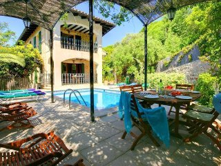 5 bedroom Villa in Valldemossa, Balearic Islands, Spain : ref 5505992