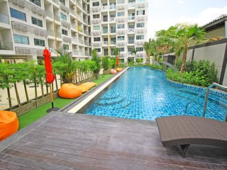 1 Bedroom Apartment Water Park Condominium Pratumnak
