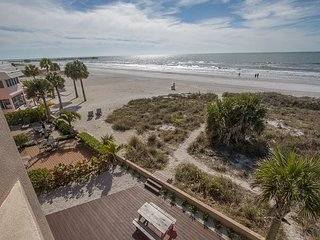Seaclusion by BeachhouseFL  - Luxury Beach Front Home Last min discounts., Redington Shores