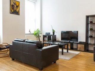 Karibu Apartment - Ecuyer