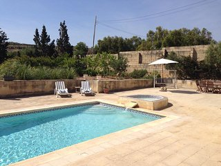 Seaview farmhouse with large pool and gardens can accommodate 12 in total