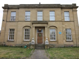 Luxurious historic mansion house  sleeps upto 25 people