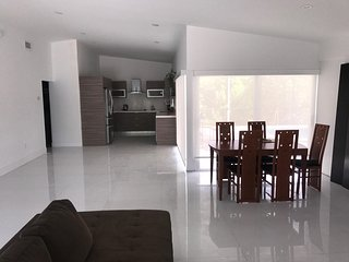 Modern fully renovated house with the pool for rent!!!
