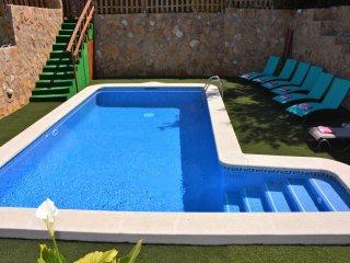 Villa Sitges La Pineda 1&2. 2 piscines. Une pour enfants. 2 Villas en 1.