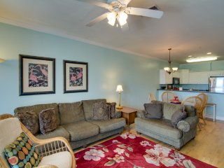 114 Condo located in the heart of Folly Beach