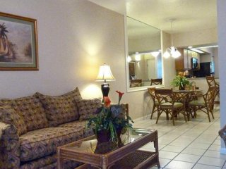 NEAR DISNEY~ 1BD/2BATH CONDO~ VACATION VILLAS AT FANTASY WORLD 2~ FREE WIFI