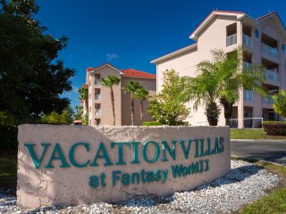 FANTASY WORLD 2 RESORT ~ 1 BD 2 BATH CONDO ~ FREE WIFI, NO DAILY RESORT FEES