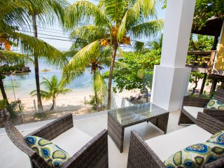 Bella Luna Beach House 1 Bedroom  2nd Floor