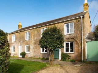 47456 House in Lymington, Boldre